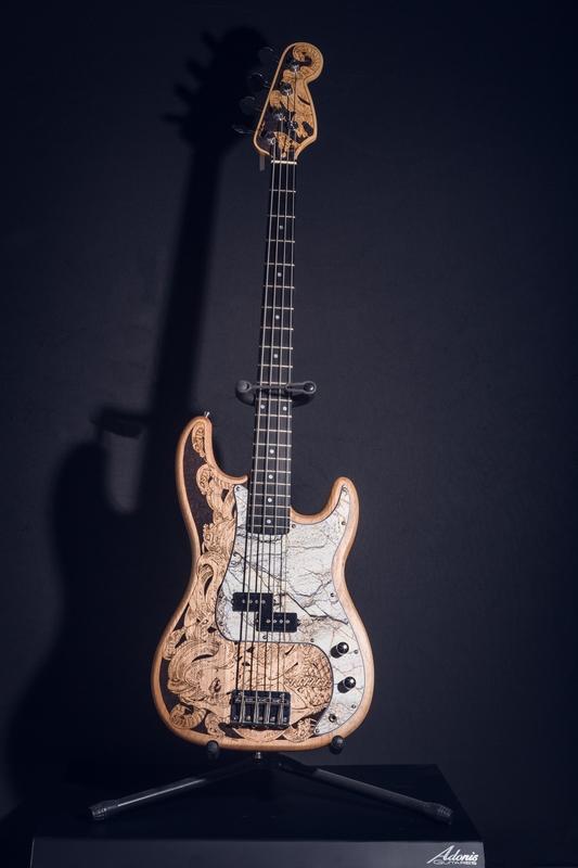 05022020-ADONIS Guitare_matpix studio4