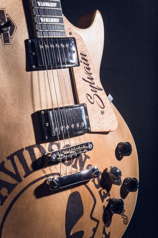 05022020-ADONIS Guitare_matpix studio5