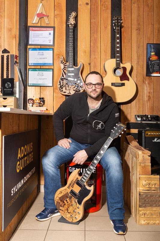 05022020-ADONIS Guitare_matpix studio8