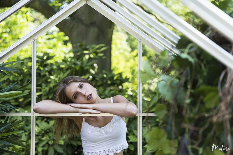 séance-femme-jardin_des_plantes-rouen-matpix_studio