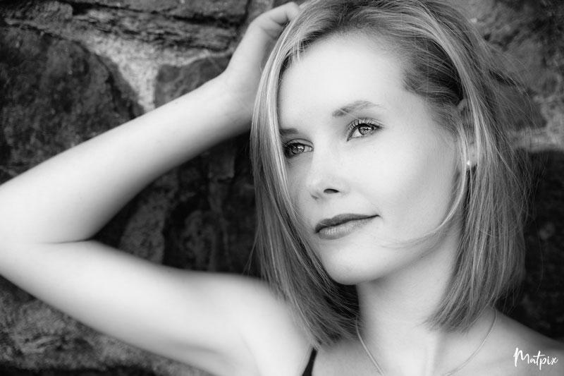 séance-portrait-noir-blanc-femme-bretagne-matpix_studio