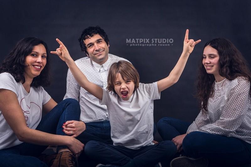 séance-photo-famille-studio-rouen-maptix studio photographe (1)