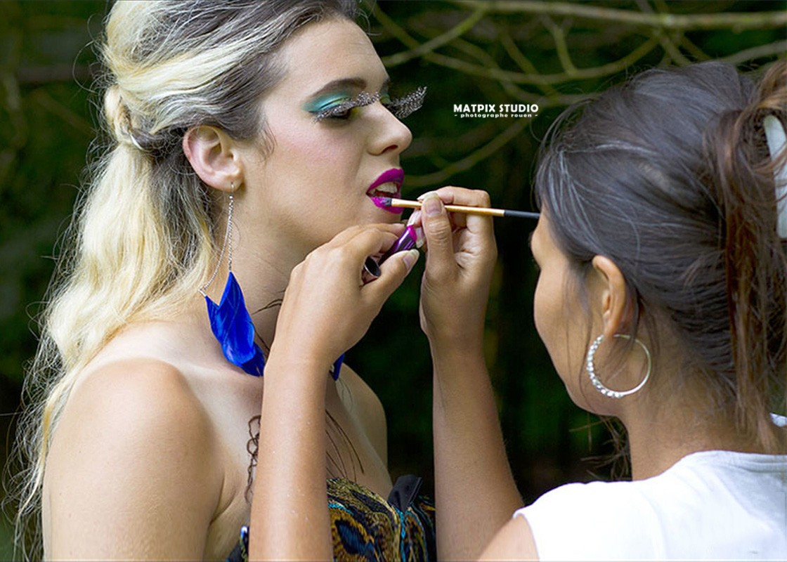 img-page-book-maquillage-artistique-femme-photographe-rouen-matpix-studio